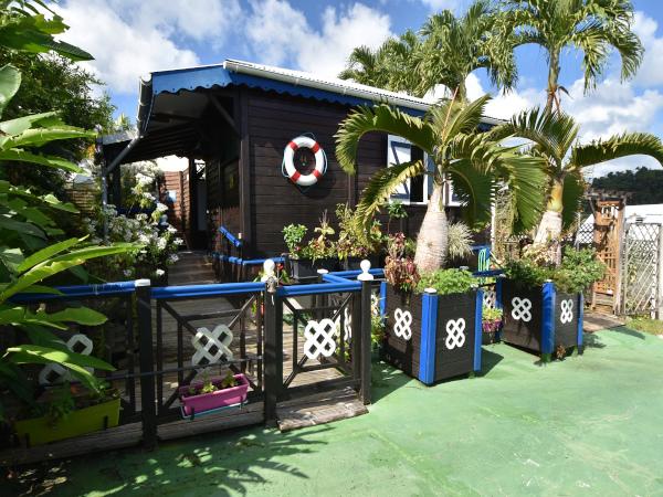 Location bungalow piscine touristique saisonni re - Bungalow guadeloupe piscine privee ...